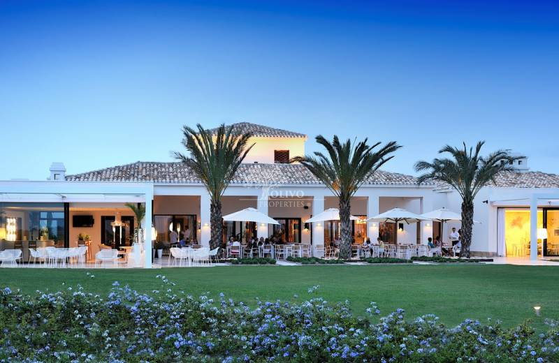 Nieuwe Country Club in aanbouw in Las Colinas Golf & Country Club